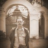 Василий Комиссаров