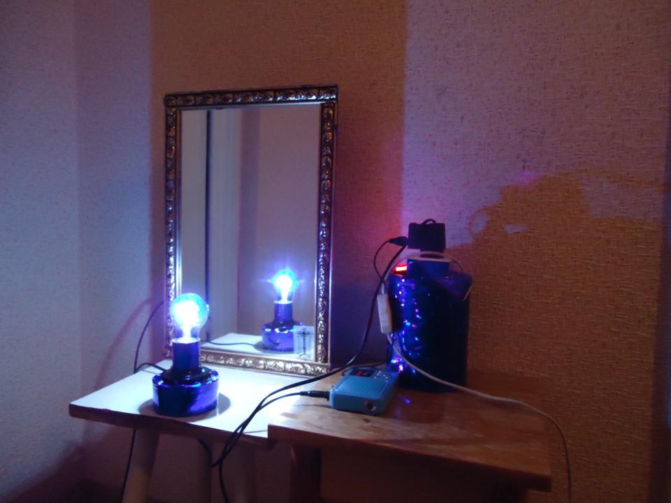 фрактальное зеркало с мягким светом
